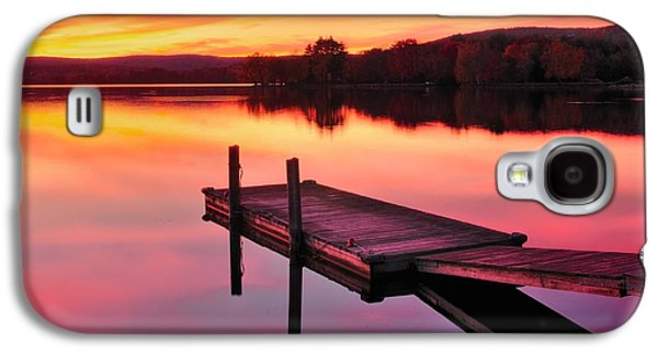 Connecticut Landscape Galaxy S4 Cases - Waramaug Sunset Galaxy S4 Case by Thomas Schoeller