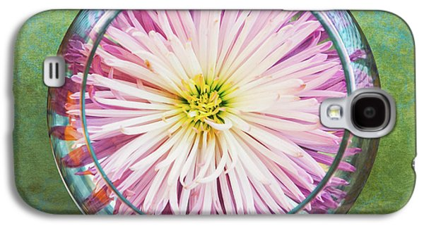 Water Flower Galaxy S4 Case by Scott Norris