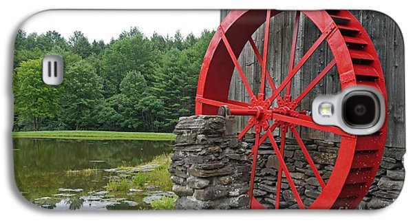 Country Store Galaxy S4 Cases - Water Wheel Vermont Galaxy S4 Case by Edward Fielding