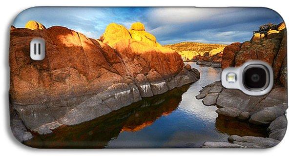 Watson Lake Arizona 10 Galaxy S4 Case by Bob Christopher