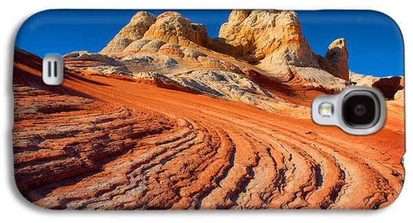 Otherworldly Galaxy S4 Cases - White Pocket Wave Galaxy S4 Case by Inge Johnsson
