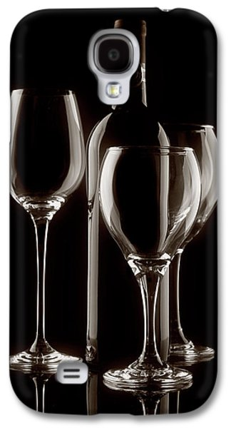 Vino Photographs Galaxy S4 Cases - Wine Bottle and Wineglasses Silhouette II Galaxy S4 Case by Tom Mc Nemar