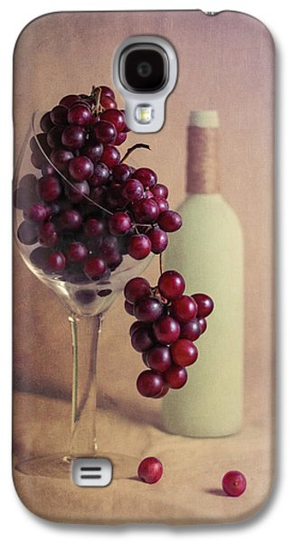 Wine On The Vine Galaxy S4 Case by Tom Mc Nemar