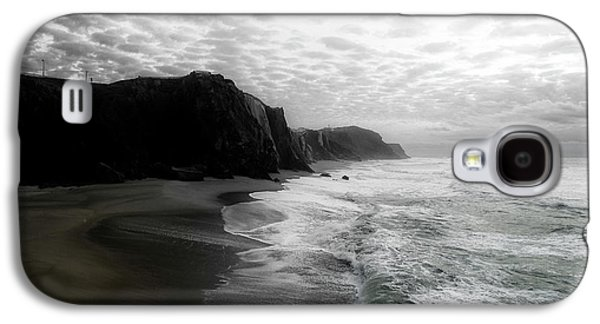 Photographs Galaxy S4 Cases - Winter on the west coast Galaxy S4 Case by Edgar Laureano