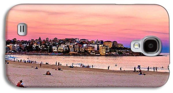 Beach Photos Galaxy S4 Cases - Winter Sunset Over Bondi Galaxy S4 Case by Az Jackson