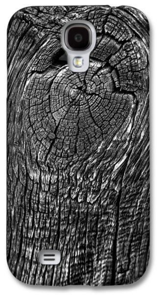 Photographs Galaxy S4 Cases - Wood Grain Texture Galaxy S4 Case by Edgar Laureano