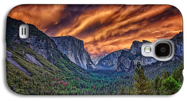 Cathedral Rock Galaxy S4 Cases - Yosemite Fire Galaxy S4 Case by Rick Berk