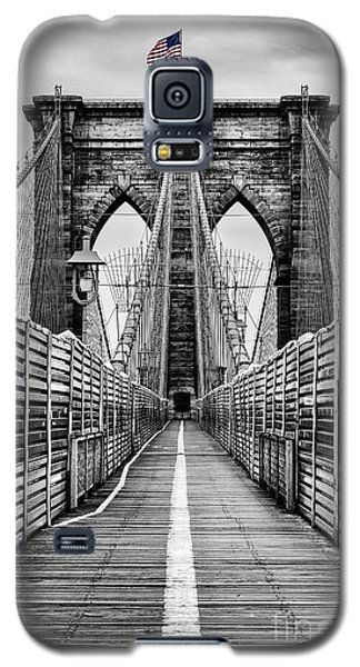 Brooklyn Bridge Galaxy S5 Case by John Farnan