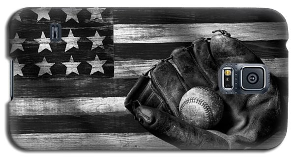 Folk Art American Flag And Baseball Mitt Black And White Galaxy S5 Case by Garry Gay