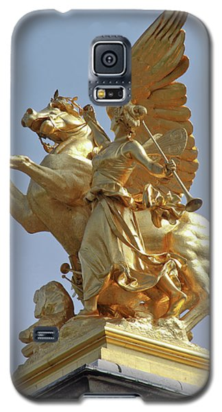 Pegasus Statue At The Pont Alexander Galaxy S5 Case by William Sutton