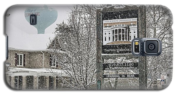 The Whitehouse Inn Sign 7034 Galaxy S5 Case by Jack Schultz