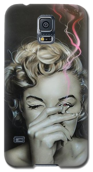 Marilyn Monroe - ' Marilyn's Crimson Haze ' Galaxy S5 Case by Christian Chapman Art
