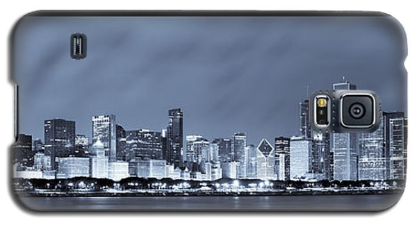 Chicago Skyline At Night Galaxy S5 Case by Sebastian Musial