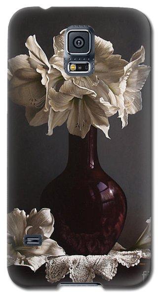 Galaxy S5 Cases - Amaryllis  Galaxy S5 Case by Larry Preston