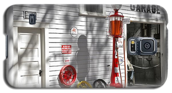 An Old Village Gas Station Galaxy S5 Case by Mal Bray