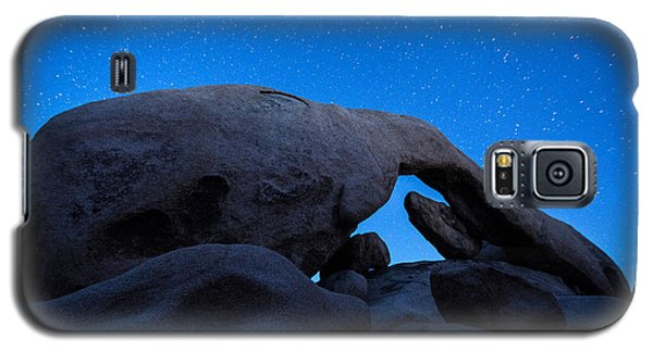 Galaxy S5 Cases - Arch Rock Starry Night 2 Galaxy S5 Case by Stephen Stookey