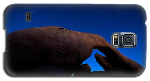 Arch Rock Starry Night Galaxy S5 Case by Stephen Stookey