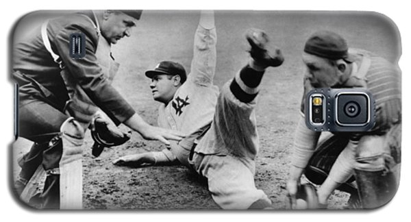 Babe Ruth Slides Home Galaxy S5 Case by Underwood Archives