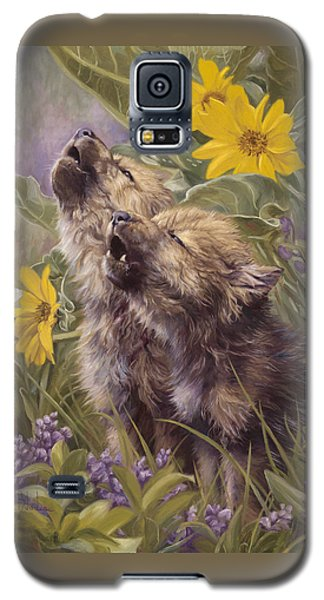 Baby Wolves Howling Galaxy S5 Case by Lucie Bilodeau
