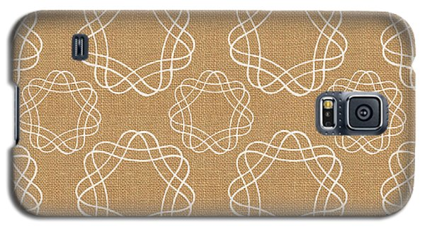 Burlap And White Geometric Flowers Galaxy S5 Case by Linda Woods