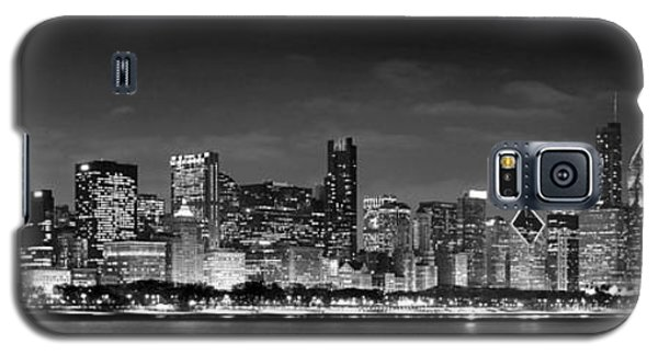 Skylines Galaxy S5 Cases - Chicago Skyline at NIGHT black and white Galaxy S5 Case by Jon Holiday