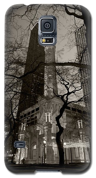 Chicago Water Tower B W Galaxy S5 Case by Steve Gadomski