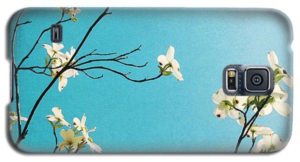 Dogwood Blooms Galaxy S5 Case by Kim Fearheiley