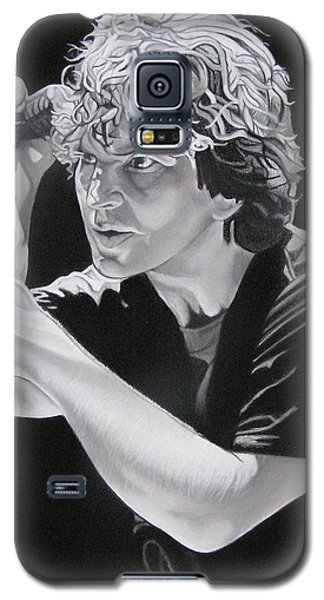 Eddie Vedder Black And White Galaxy S5 Case by Joshua Morton