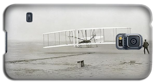 First Flight Captured On Glass Negative - 1903 Galaxy S5 Case by Daniel Hagerman