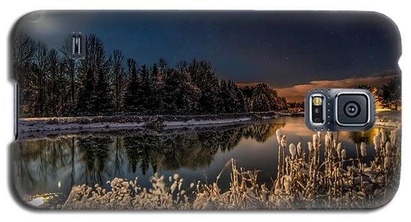 Moon Galaxy S5 Cases - First Snow Galaxy S5 Case by Everet Regal