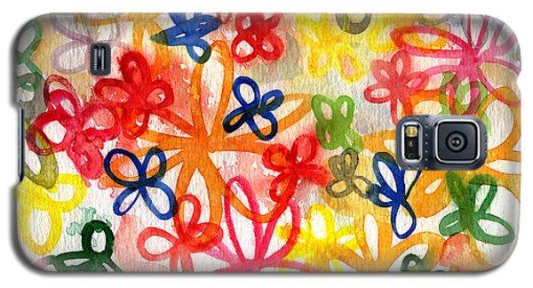 Fresh Flowers Galaxy S5 Case by Linda Woods