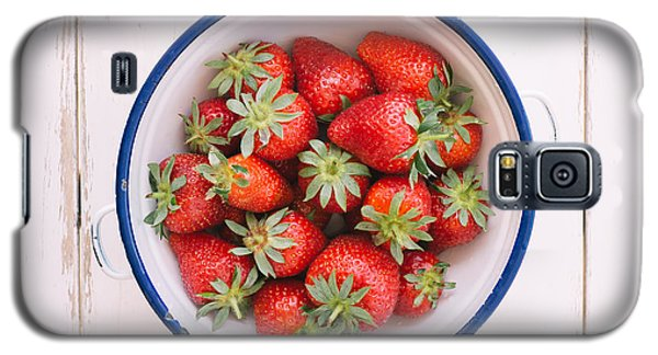 Fresh Strawberries  Galaxy S5 Case by Viktor Pravdica