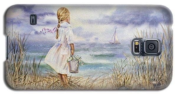 Girl At The Ocean Galaxy S5 Case by Irina Sztukowski