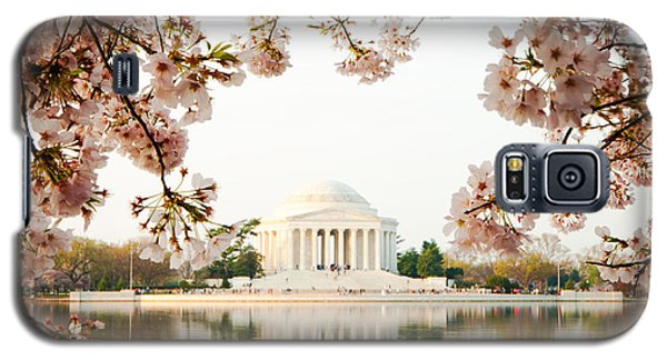 Jefferson Memorial With Reflection And Cherry Blossoms Galaxy S5 Case by Susan Schmitz