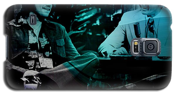 Johnny Carson And Freddie Prince Jr Galaxy S5 Case by Marvin Blaine