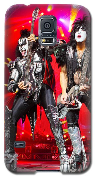 Kiss - 40th Anniversary Tour Live - Simmons And Stanley Galaxy S5 Case by Epic Rights