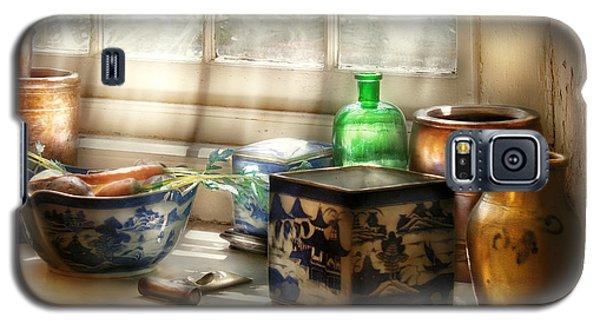 Kitchen - In A Kitchen Window Galaxy S5 Case by Mike Savad