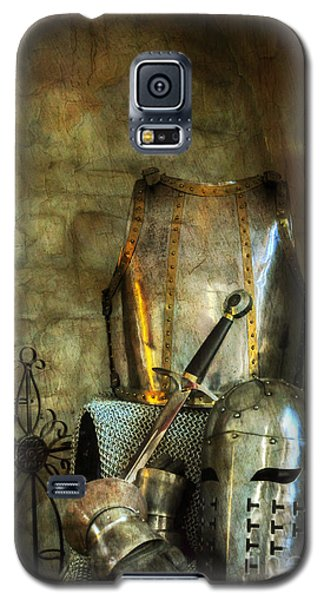 Knight - A Warriors Tribute  Galaxy S5 Case by Paul Ward