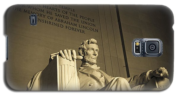 Lincoln Statue In The Lincoln Memorial Galaxy S5 Case by Diane Diederich