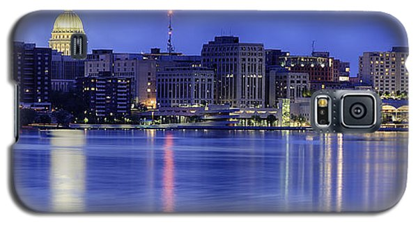 Madison Skyline Reflection Galaxy S5 Case by Sebastian Musial