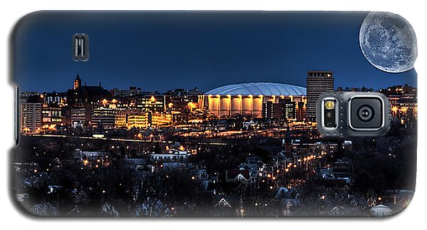 Moon Over The Carrier Dome Galaxy S5 Case by Everet Regal