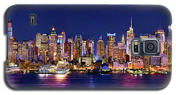 New York City Nyc Midtown Manhattan At Night Galaxy S5 Case by Jon Holiday