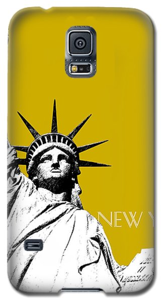 New York Skyline Statue Of Liberty - Gold Galaxy S5 Case by DB Artist