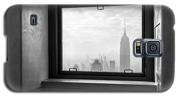 Nyc Room With A View Galaxy S5 Case by Nina Papiorek