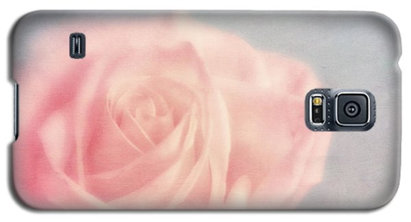 pink moments I Galaxy S5 Case by Priska Wettstein