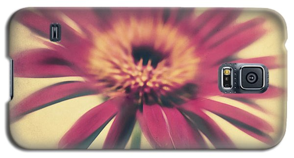 Flowers Galaxy S5 Cases - Red Gerbera Galaxy S5 Case by Angela Doelling AD DESIGN Photo and PhotoArt