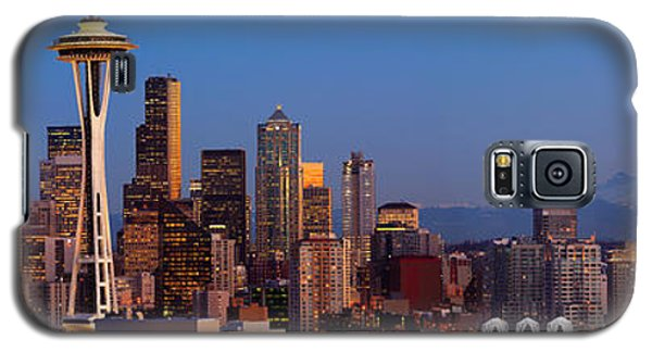 Seattle Winter Evening Panorama Galaxy S5 Case by Inge Johnsson