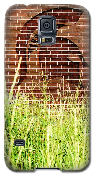 Sparty On The Wall Galaxy S5 Case by John McGraw