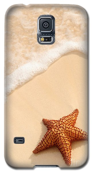Summer Galaxy S5 Cases - Starfish and ocean wave Galaxy S5 Case by Elena Elisseeva