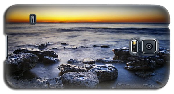 Sunrise At Cave Point Galaxy S5 Case by Scott Norris